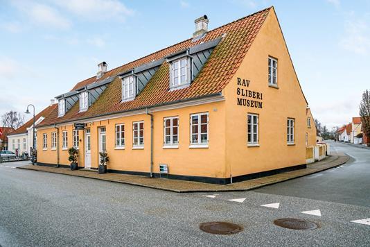Villa på Algade i Sæby - Ejendommen