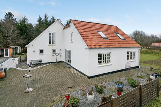 Villa på Volstruphedevej i Sæby - Ejendommen