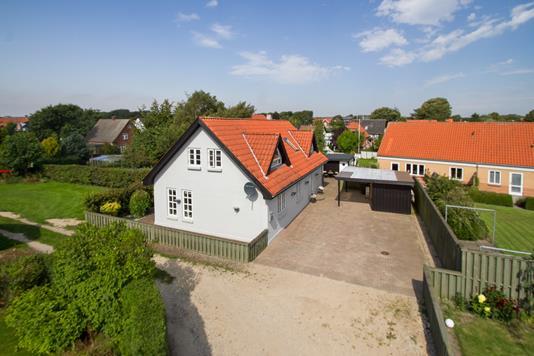 Villa på Gravensgade i Brønderslev - Ejendommen