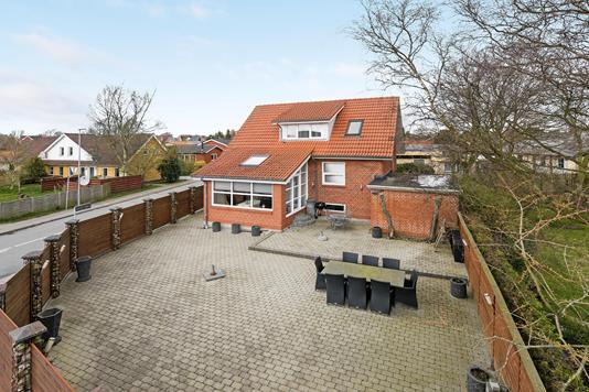 Villa på Godthåbsvej i Brønderslev - Ejendommen