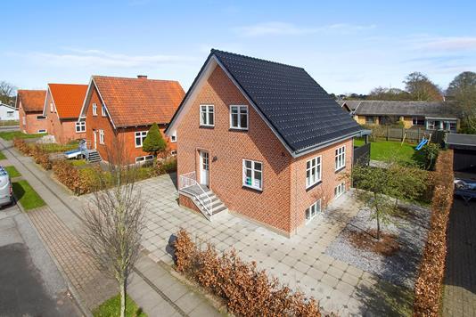 Villa på Risagergade i Brønderslev - Ejendommen