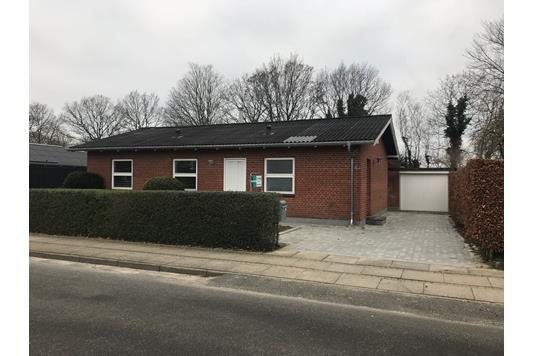 Villa på Dannebrogsgade i Brønderslev - Ejendommen