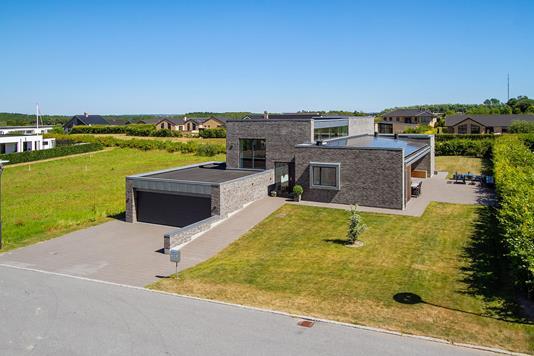 Villa på Ådalen i Brønderslev - Ejendommen