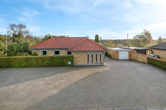 Villa på Asgård i Brønderslev - Ejendommen