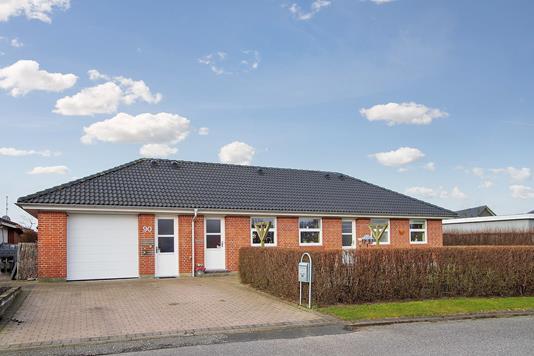 Villa på Ultvedparken i Tylstrup - Ejendommen