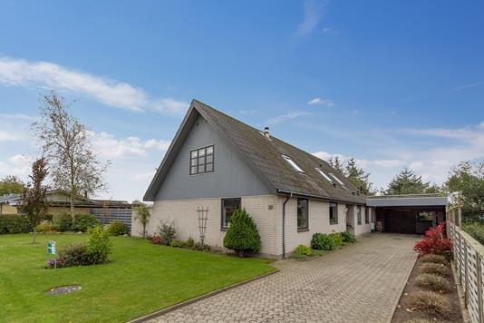 Villa på Lindager i Vrå - Ejendommen
