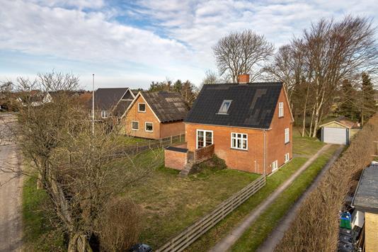 Villa på Hedensvej i Tylstrup - Ejendommen