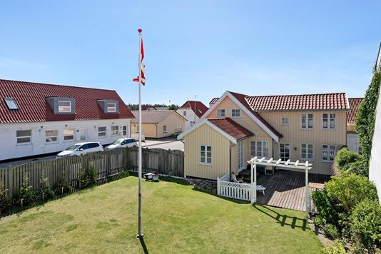 Villa på Løkkegade i Løkken - Bag facade