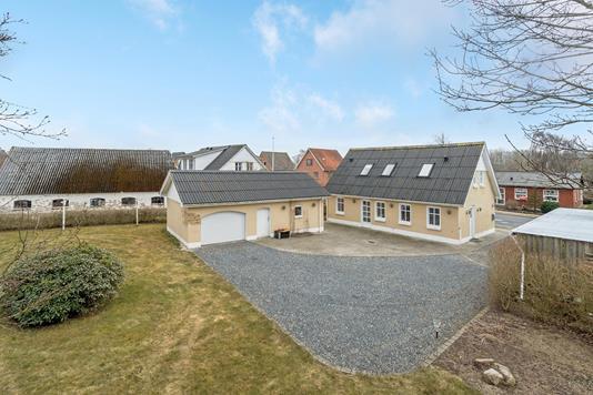 Villa på Vrejlevvej i Vrå - Ejendommen
