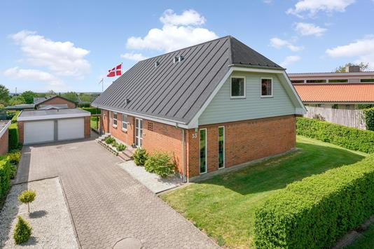 Villa på Bålhøj i Brønderslev - Ejendommen