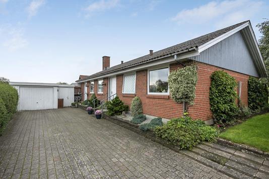 Villa på Højmarksvej i Brønderslev - Ejendommen