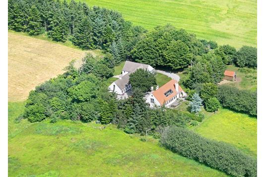 Landejendom på Egelundsvej i Jerslev J - Luftfoto