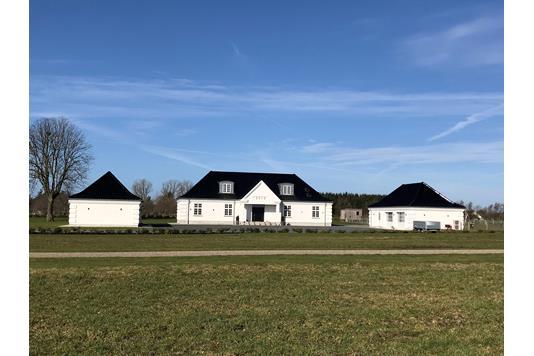 Landejendom på Starengvej i Brønderslev - Ejendommen