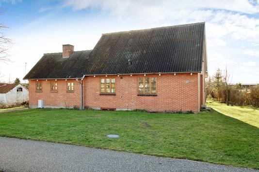 Villa på Thistedvej i Fjerritslev - Ejendommen
