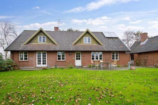 Villa på Aggersundvej i Fjerritslev - Ejendommen