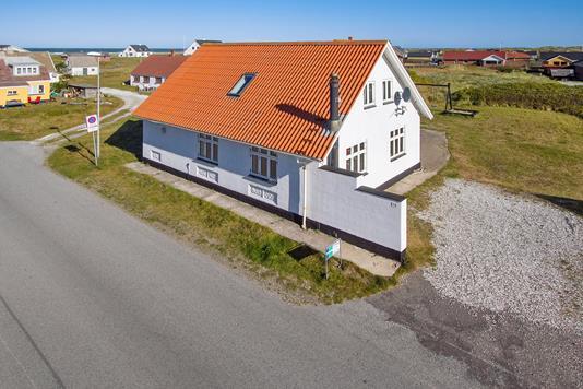 Villa på Strandvejen i Frøstrup - Ejendommen