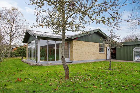 Villa på Kirkegaardsvej i Fjerritslev - Ejendommen