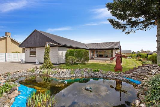 Villa på Solsortevej i Fjerritslev - Set fra haven