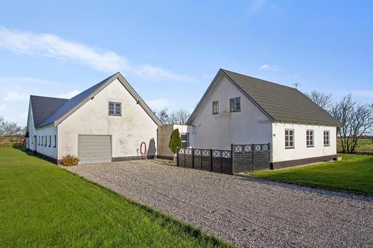 Villa på Toftholmvej i Fjerritslev - Set fra vejen