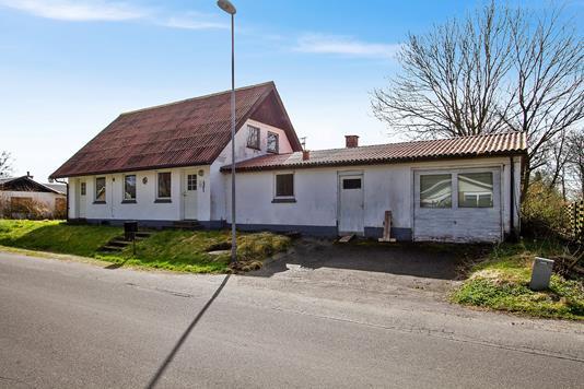 Villa på Husbyvej i Fjerritslev - Set fra vejen