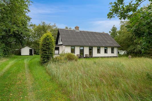 Villa på Marinus Johansensvej i Fjerritslev - Set fra vejen