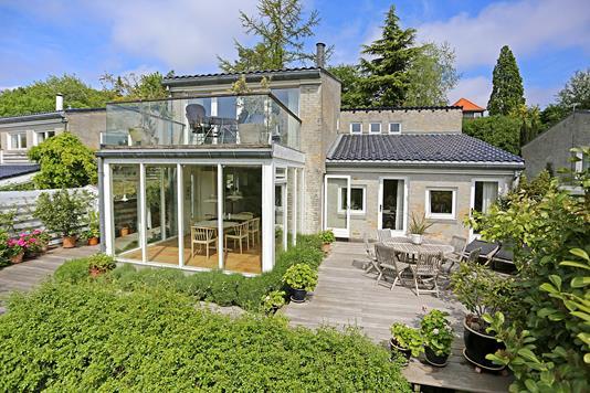 Villa på Moseskrænten i Søborg - Ejendommen