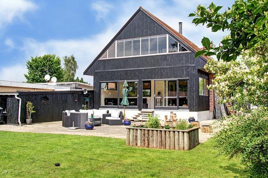 Villa på Blomstermarken i Søborg - Ejendommen