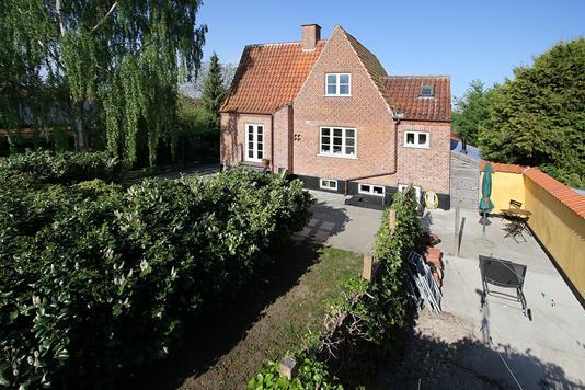 Villa på Holmevej i Søborg - Ejendommen