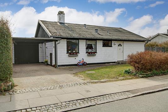 Villa på Oktobervej i Søborg - Ejendommen