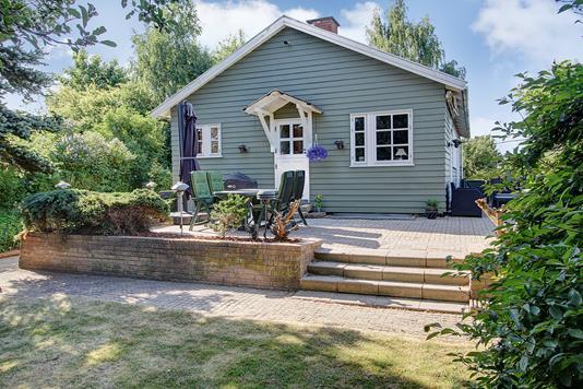 Villa på Aprilvej i Søborg - Ejendommen