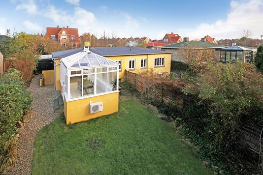 Villa på Søndergårdsvej i Dyssegård - Ejendommen