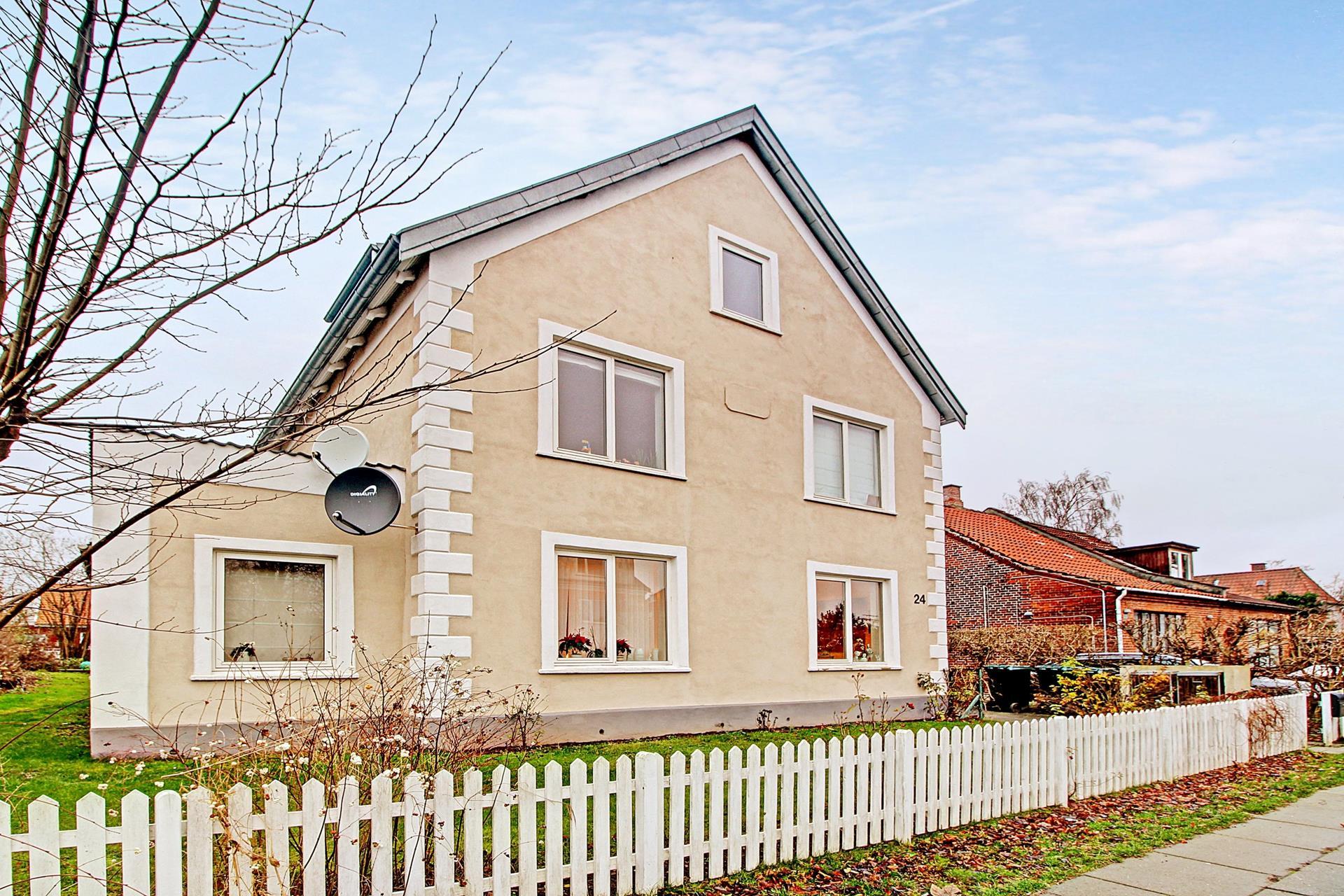 Villalejlighed på Selma Lagerløfs Alle i Søborg - Ejendommen