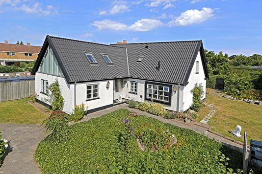 Villa på Klirevænget i Bagsværd - Ejendommen
