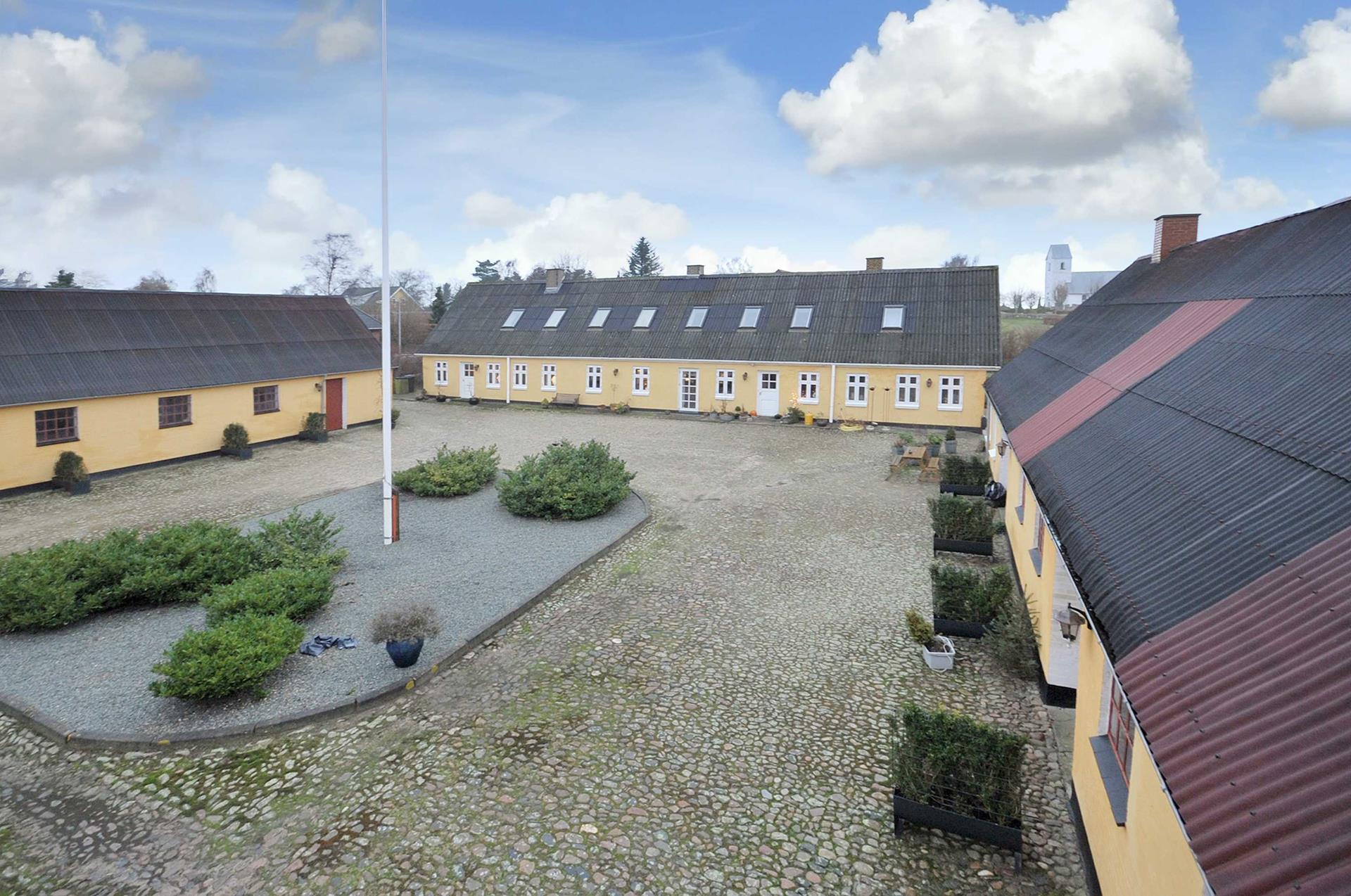 Landejendom på Horsens Kirkevej i Vodskov - Ejendommen