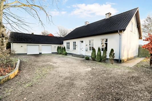 Villa på Niels Anesens Vej i Sulsted - Ejendom 1