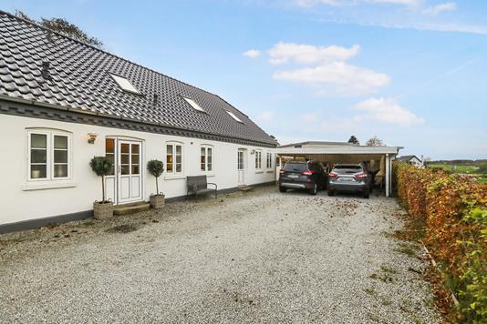 Villa på Nøvlingvej i Gistrup - Ejendom 1