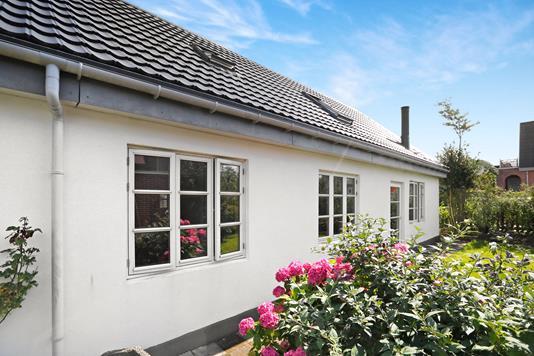 Villa på Mariendalsvej i Aalborg - Ejendommen