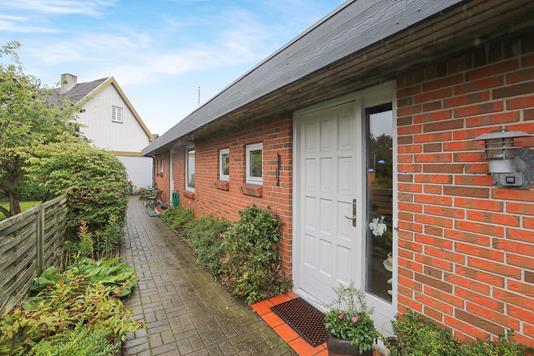 Villa på Tovesvej i Aalborg - Ejendommen