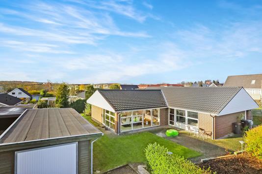 Villa på Herningvej i Aalborg Øst - Ejendommen