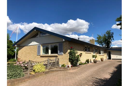 Villa på Fyrrevang i Hedehusene - Ejendommen