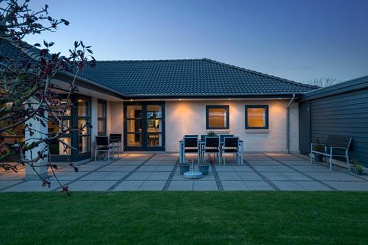 Villa på Ildvænget i Hedehusene - Ejendommen