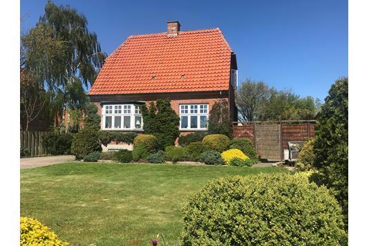 Villa på Hovedgaden i Hedehusene - Ejendommen