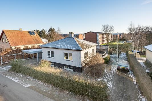 Villa på Skelvej i Hedehusene - Ejendommen