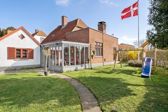 Villa på Brøndbyøstervej i Brøndby - Ejendommen