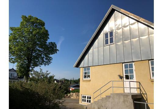 Villa på Jernbane Alle i Taastrup - Ejendommen