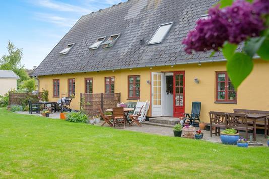 Villa på Bygaden i Taastrup - Ejendommen