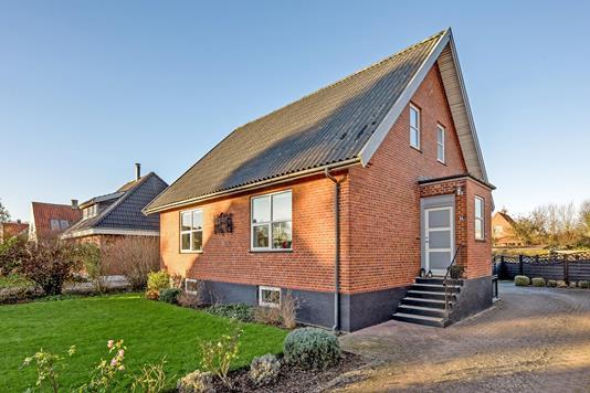 Villa på Pile Alle i Taastrup - Ejendommen