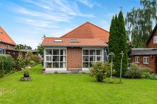 Villa på Vestervej i Taastrup - Ejendommen