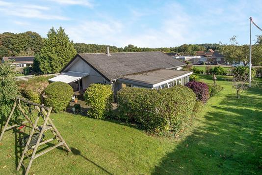 Villa på Rødhøjgårdsvej i Taastrup - Ejendommen