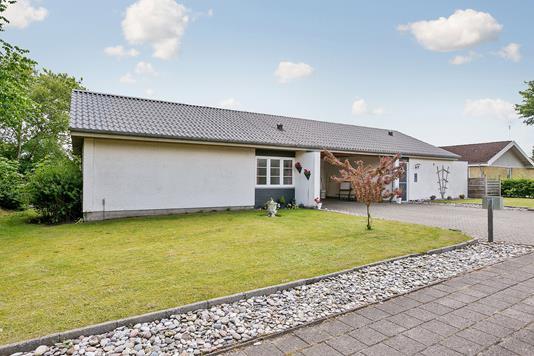 Villa på Sct Hansvej i Bredebro - Ejendommen